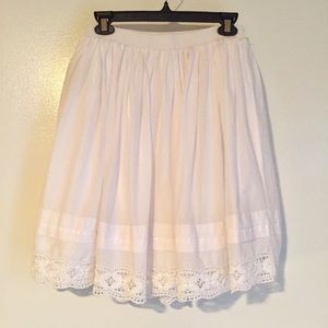 White GAP Full Skirt with Eyelet Trim